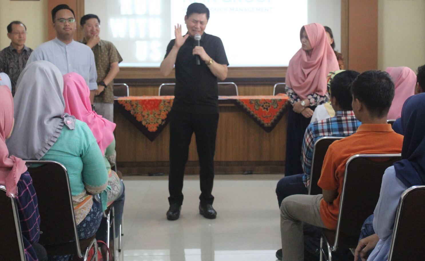 CEO PT KMK Motivasi Mahasiswa UM Magelang - Siedoo 39751514a7