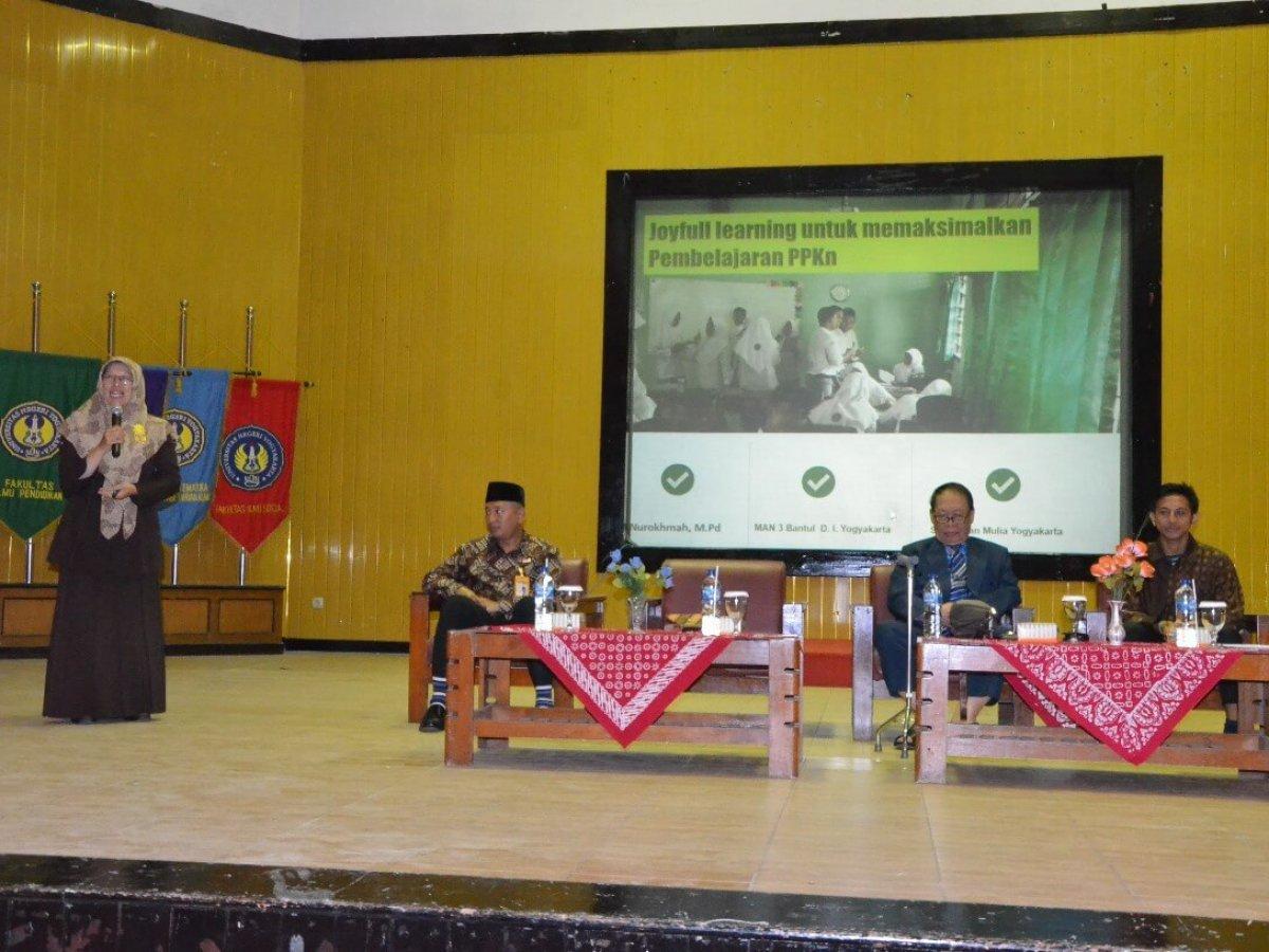 Paradigma Pembelajaran Ppkn Harus Diubah Aktif Mencari Informasi Siedoo