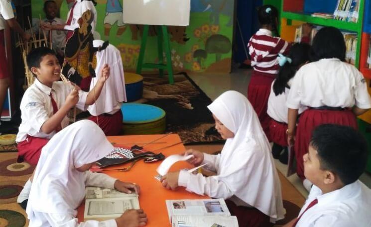 Gambar Kegiatan Anak Sekolah Dasar Pentingnya Penerapan Budaya Literasi Pada Siswa Sekolah Dasar Siedoo