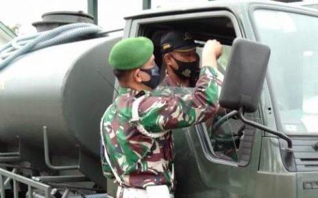 DIPERIKSA. Pemeriksaan kelengkapan kendaraan organik Akmil, Kamis (3/9/2020). (foto: ist)